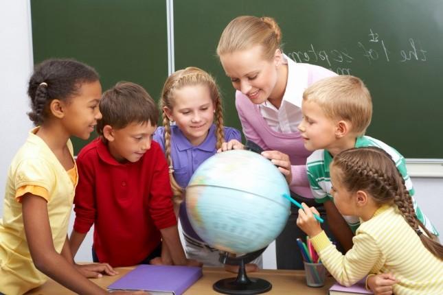 FaesBook: Vacanze studio all\'estero: a che età?