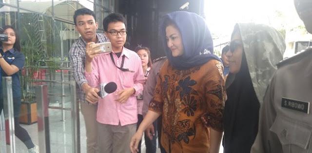 Istri Setya Novanto Ikut Digarap KPK