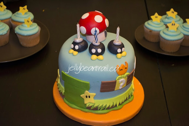 Mario cake details made out of fondant