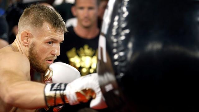 Sarung Tinju Ringan Diklaim Bakal Untungkan McGregor