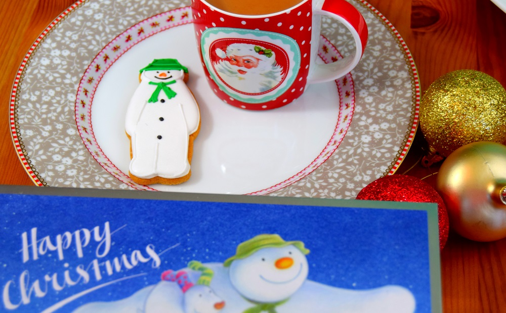 The Snowman™ And The Snowdog Biscuit Tin Review