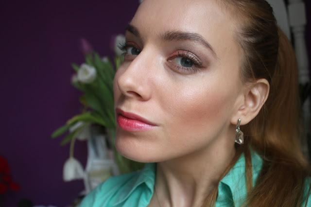 Нежный весенний макияж в розовых тонах