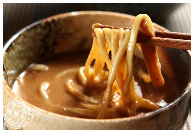 荒武者-拉麵也可以吃乾的,來自日本老師傅的密製沾麵