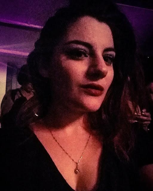 Astrid Apissoghomian burlesque Montréal