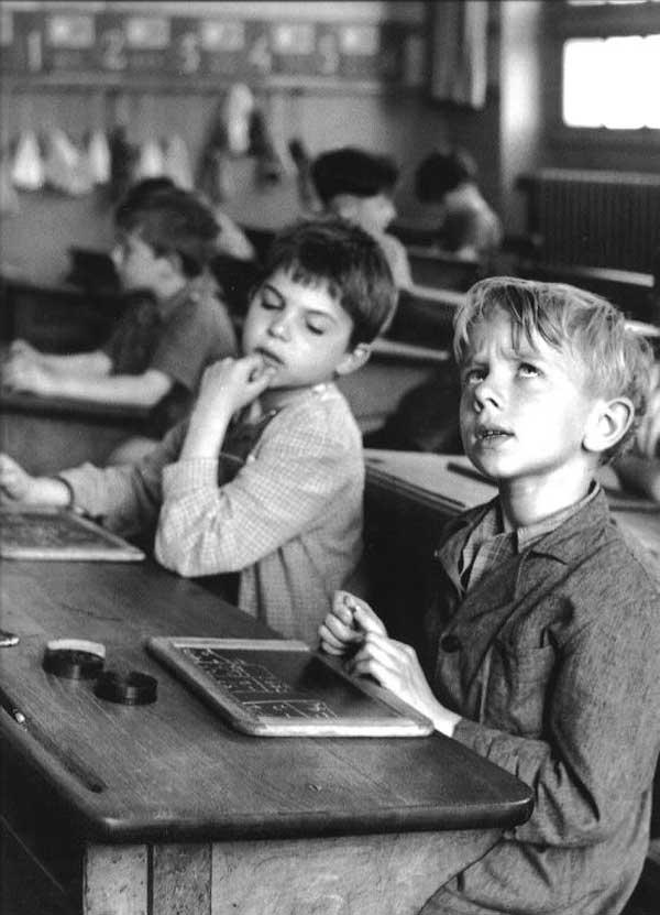 Robert Doisneau, L'information scolaire, Paris 1956