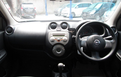 Interior Nissan March Prefacelift