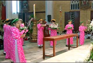 Thánh lễ Sứ Thần truyền tin cho đức Mẹ và kỷ niệm thành lập hội Truyền tin giáo xứ 1954-2013