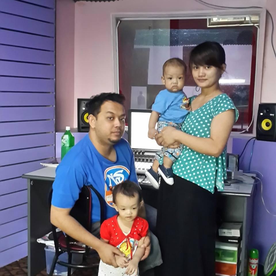J Me Family Photos