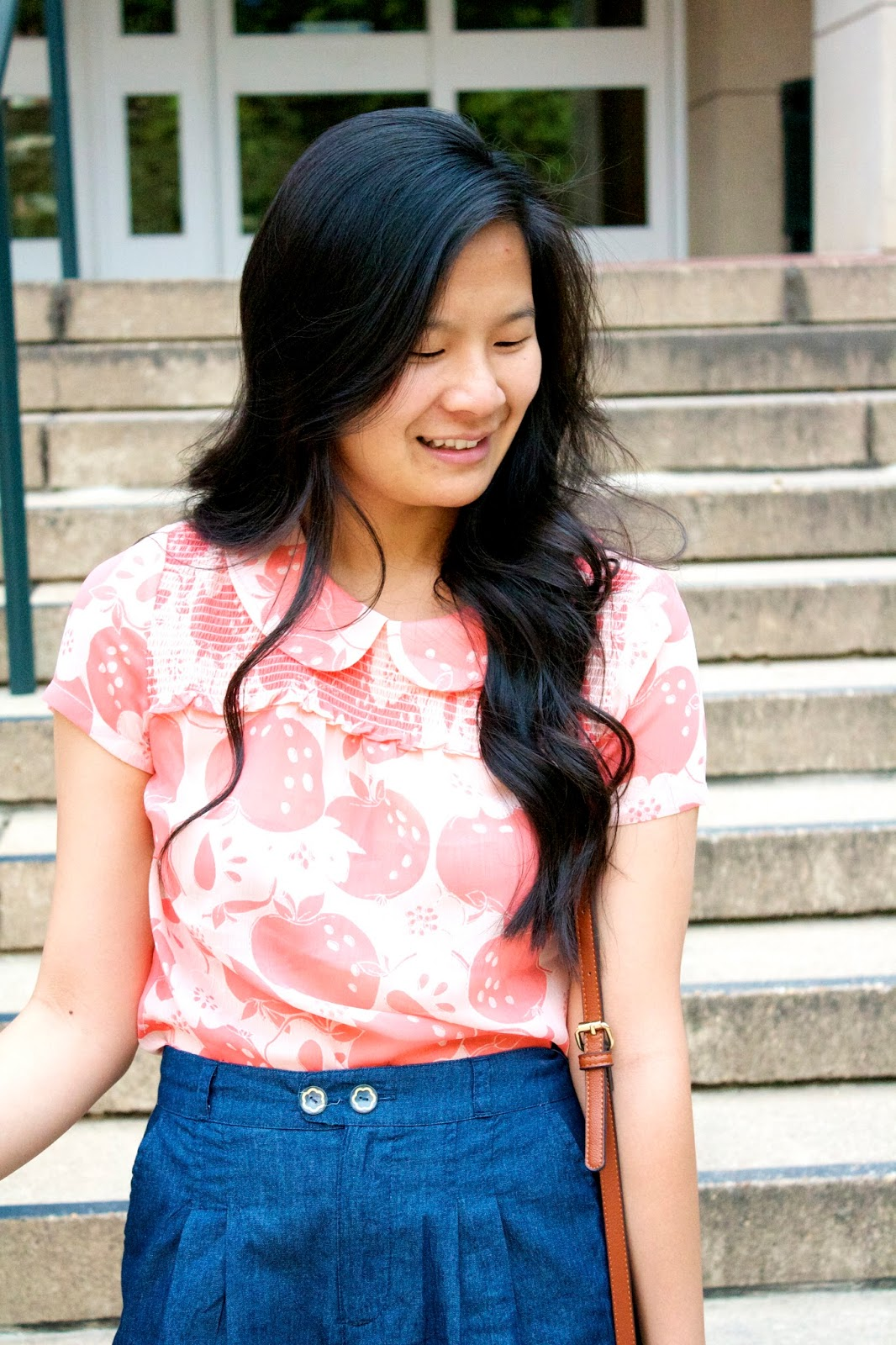 Styling a printed top