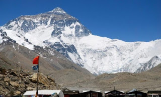 World's Highest Weather Stations installed on Mt Everest