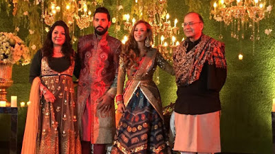 Arun-Jaitely-with-Yuvraj-Singh-at-Reception