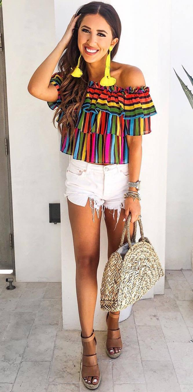 amazing bright summer outfit with a ruffle top