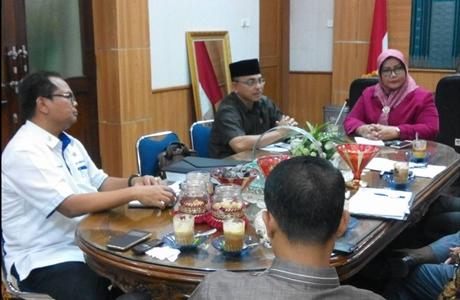 DPRD Padang Terima Kunjungan Komisi III DPRD Kota Pekanbaru