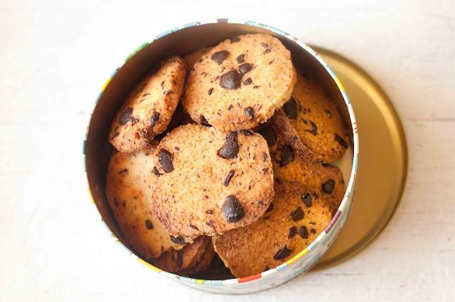 kryche-maslane-ciastka-z-czekolada
