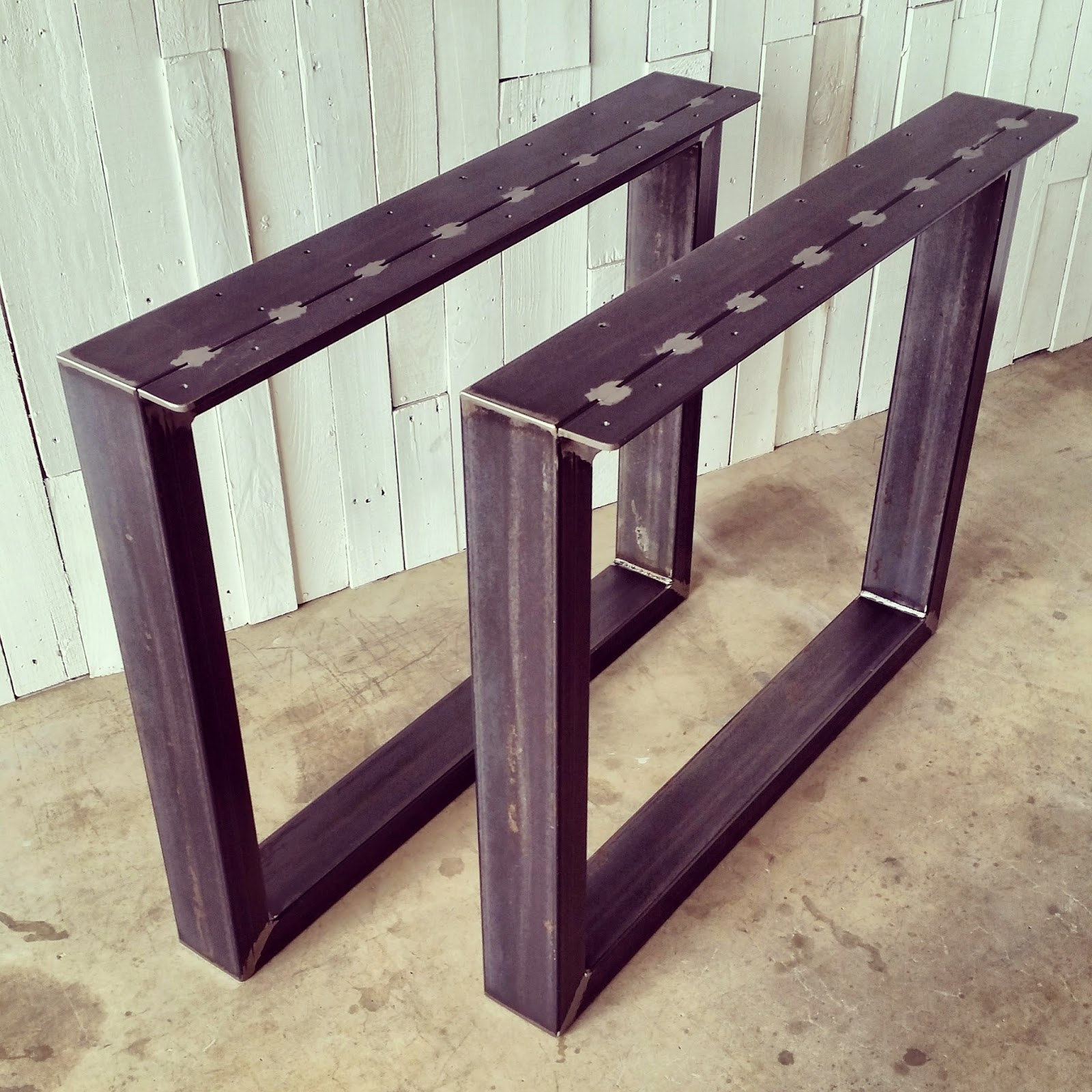 urban ironcraft metal table legs and bases. Black Bedroom Furniture Sets. Home Design Ideas