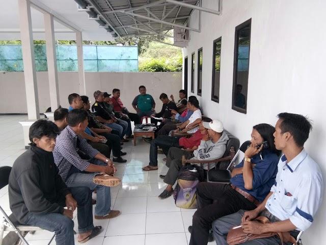 Oknum Kades Ciasem Tengah Dilaporkan Aniaya Wartawan
