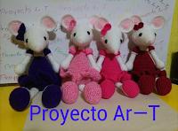 cuatro ratonas en diferentes colores de proyecto ar-t