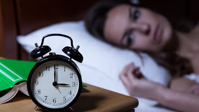 Maka dari itu, sangat penting sekali untuk mendapatkan tidur yang nyenyak dan berkualitas pada malam hari. Namun karena segala hal, sering kali kita mengalami yang nama nya Insomnia. Tetapi anda tak perlu khawatir, berikut ini akan memberikan Tips Mengatasi Insomnia Secara Efektif dan Terbukti Ampuh.