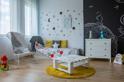 Kids bedroom makeover space for study and play