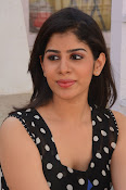 actress tanya sizzling photos-thumbnail-10