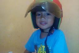 Helm Anakku