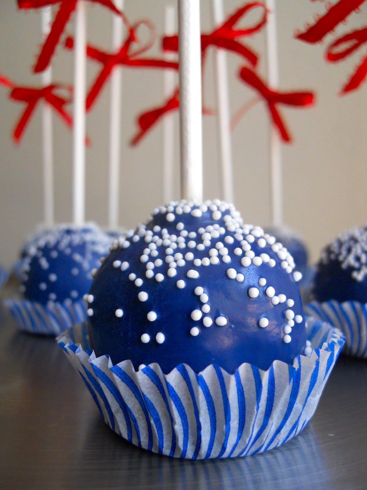 chocolate-toppers-for-cupcakes
