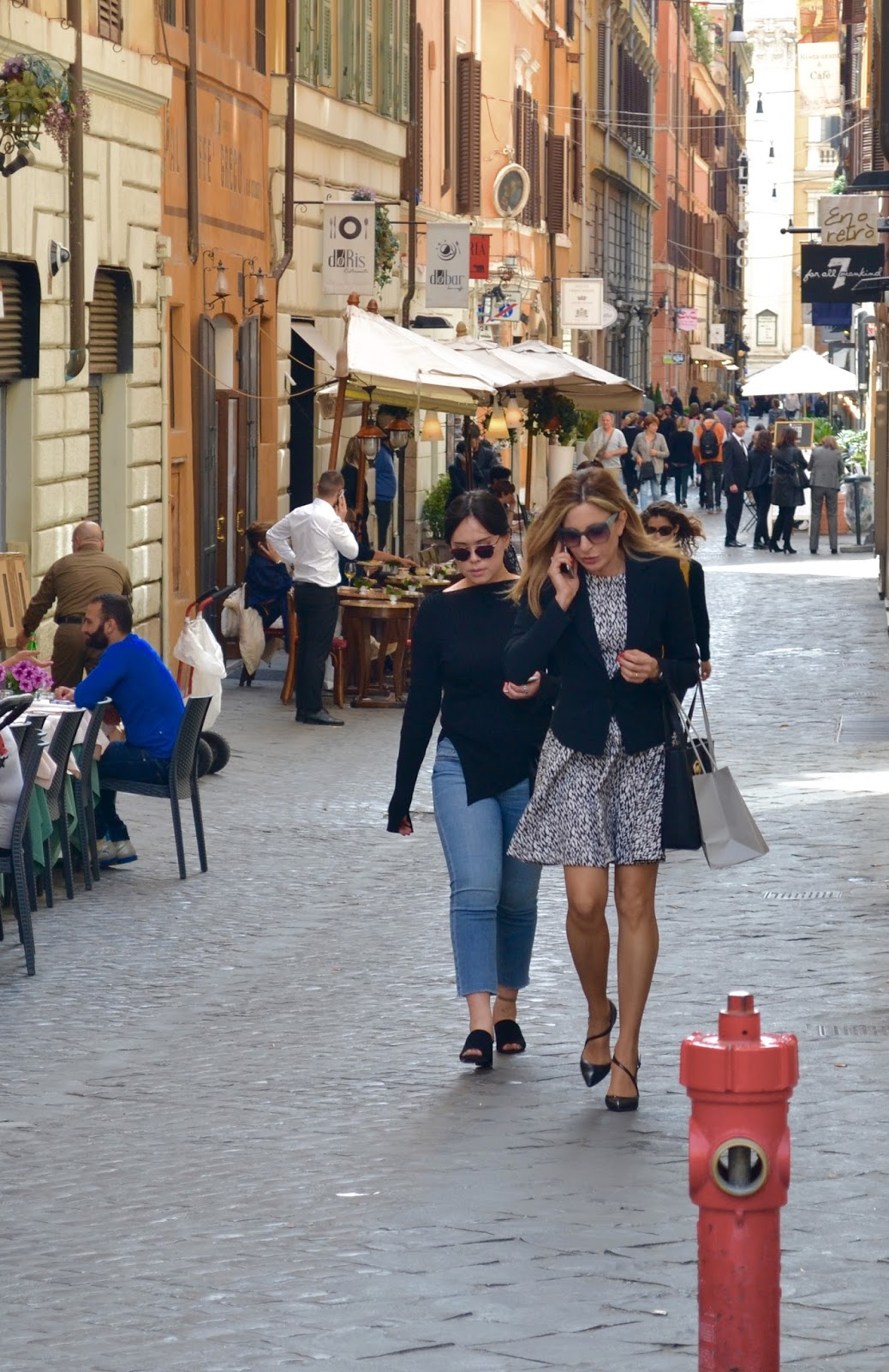 Personal Shopper And Fashion Consultant Roma Street Style