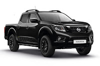 Nissan Navara N-Guard Double Cab (2018) Front Side 2