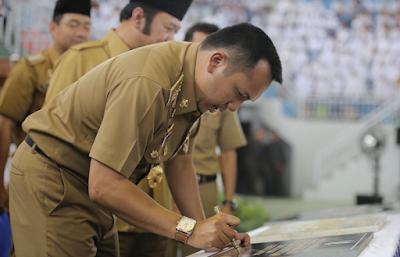 Buka Akses Perkebunan Rakyat, Gubernur Ridho Bangun Jalan Usaha Tani di 7 Kabupaten