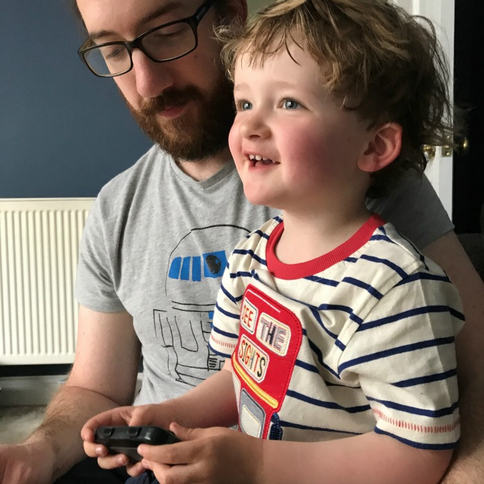 Squidge playing Mario Kart for the first time
