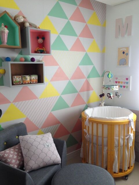 decoration- geometric- wall- painting-baby-room