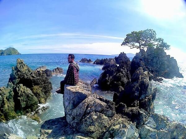 pantai karang bebai tanggamus