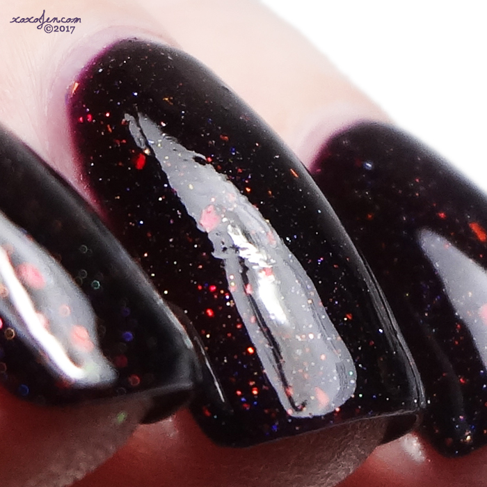 xoxoJen's swatch of Colors by Llarowe The Lady is a Vamp