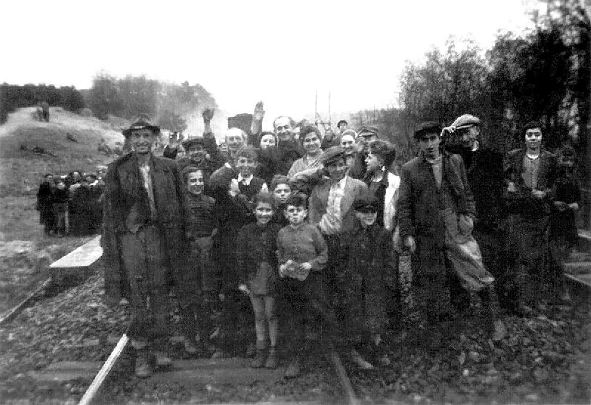 This train which contained about 2,500 Jews, had a few days previously left the Bergen-Belsen death camp.