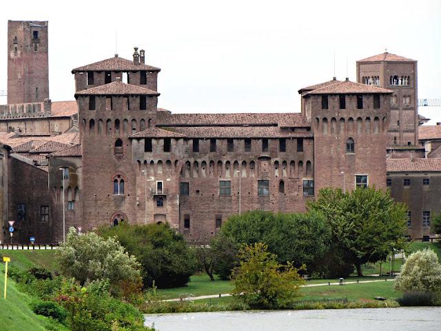 Castello di san Giorgio; Castillo; Castello; Castle; Château; Mantova; Mantua; Mantoue; Cremona; Cremone; Lombardia; Lombardy; Lombardie; Italia; Italy; Italie