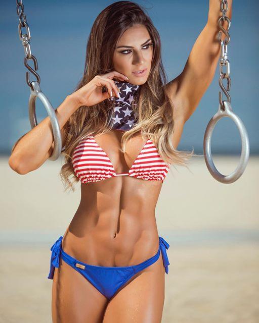 Carol Saraiva Brazilian fitness