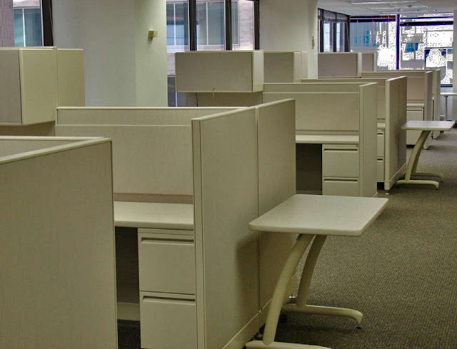 buying cheap used office furniture Wyoming MI for sale