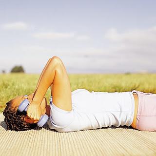 10 Cara Mengecilkan Paha dan Betis secara Cepat & Alami