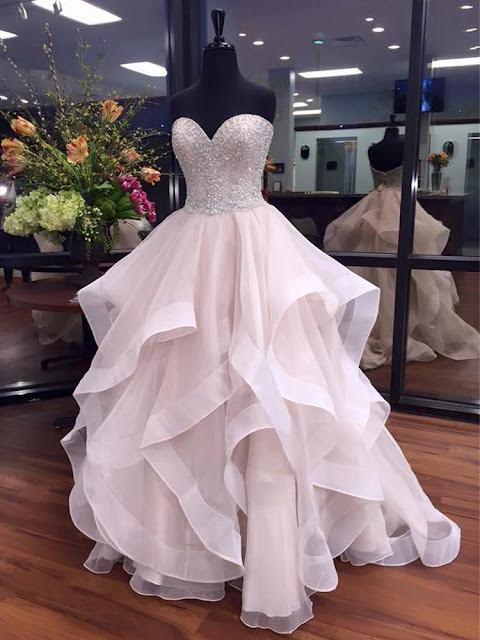 http://www.formaldressaustralia.com/sweetheart-organza-with-beading-floor-length-boutique-ball-gown-formal-dresses-formal020103055-p6853.html?utm_source=post&utm_medium=FDA263&utm_campaign=blog