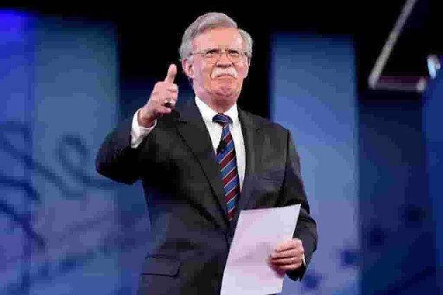 Bolton, criminal, asesino, genocida