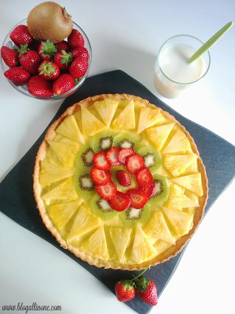 tarta-piña-kiwi-fresas