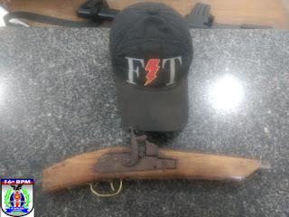 Bom exemplo: Ao encontrar arma de fogo de seu filho, pai aciona Policia e entega a referida arma