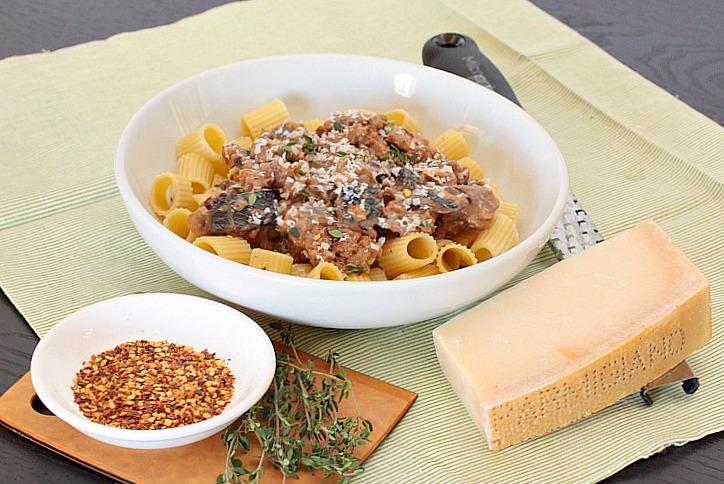 pasta mushroom sausage ragu