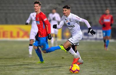 Este oficial:Iulian Cristea a semnat cu FCSB