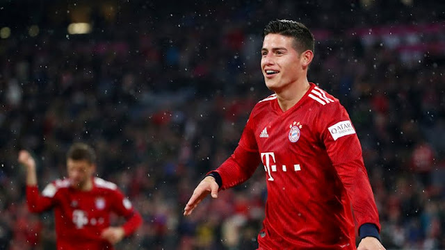 Bayern y Dortmund no sueltan la punta.