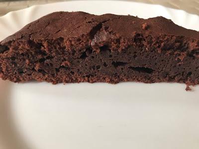 Brownie - pyszne ciasto mocno czekoladowe