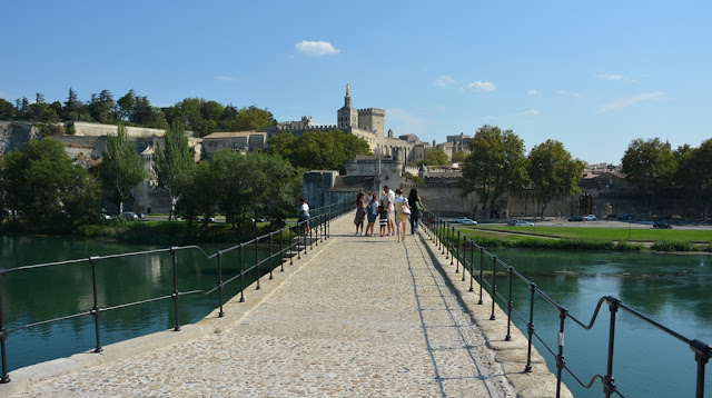 Pont de Avignon city view