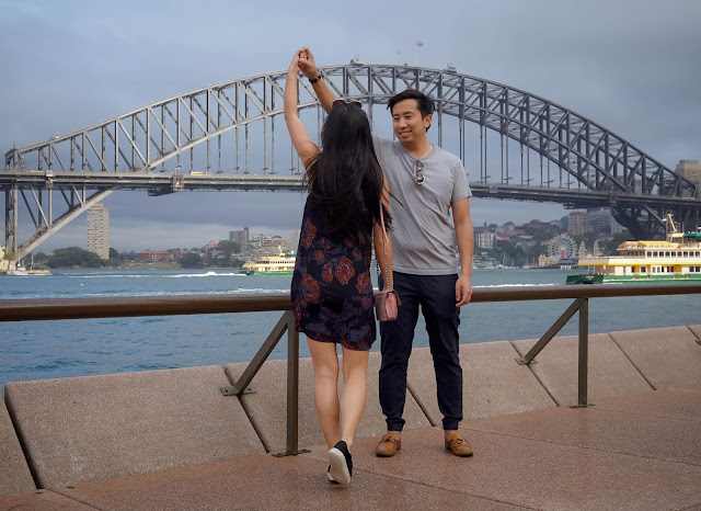 couple photos opera house top 10 things to do in sydney travel guide diary