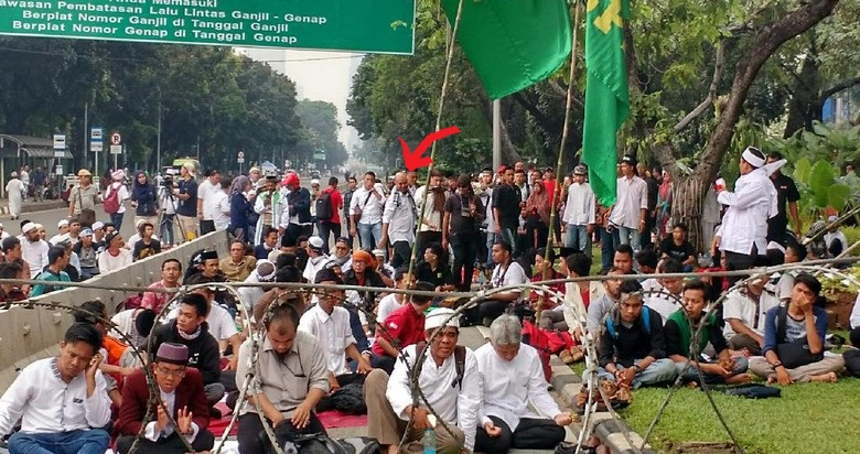 Aksi Bela Islam 4 November 2016 : Ahmad Dhani Ikut Salat Jumat Bersama Pendemo