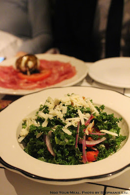 Pecorino e Kale: Pecorino, Organic Kale, Lemon Vinaigrette, Almonds at Briciola